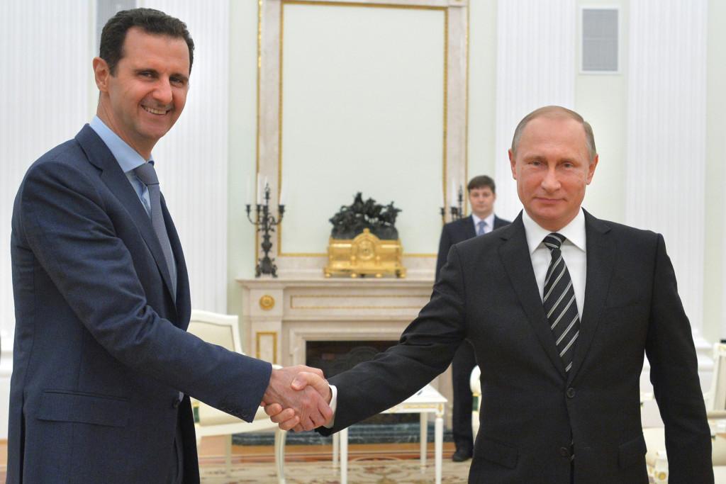 Ryssland och president Putin deltar i kriget på diktatorn al-Assads sida. Foto: AP